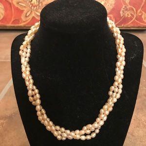 Jewelry - Genuine 3 strand Pearl Necklace (vintage)